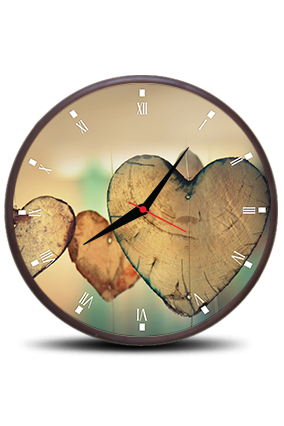 Adorable Heart Round Clock With Frame