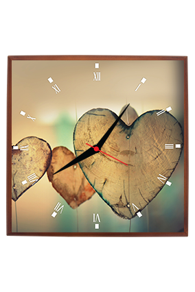 Adorable Heart Square Clock With Frame